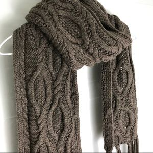 Cashmere blend banana republic knit scarf
